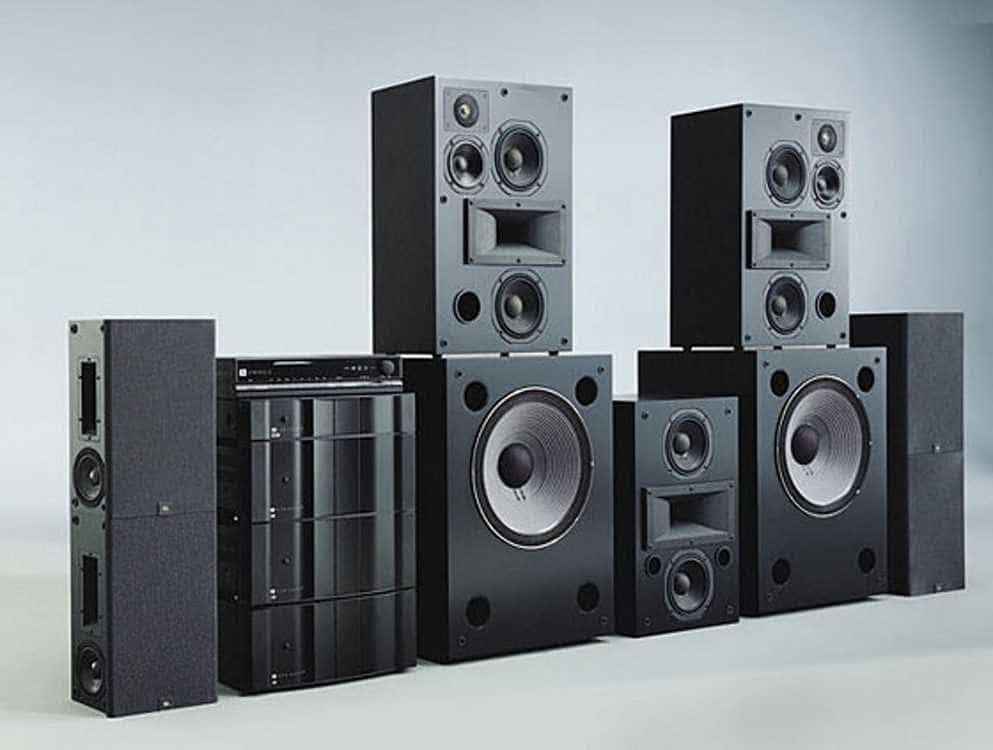 Залог качественного звука - профессиональные акустические системы